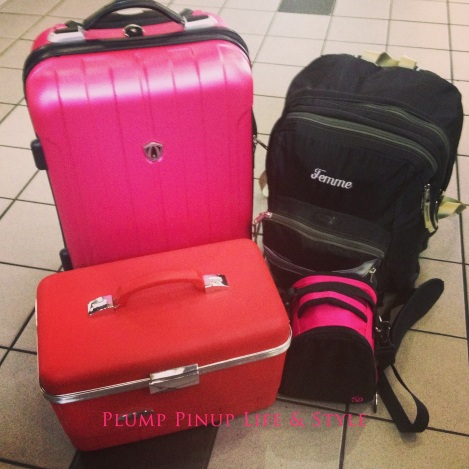 Photo: Pink femme luggage. Photo source: Google Images