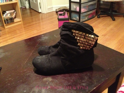 Photo: Queerer Park OOTD black studded bra 2 Photo source: Google Images studded black booties ankle boots